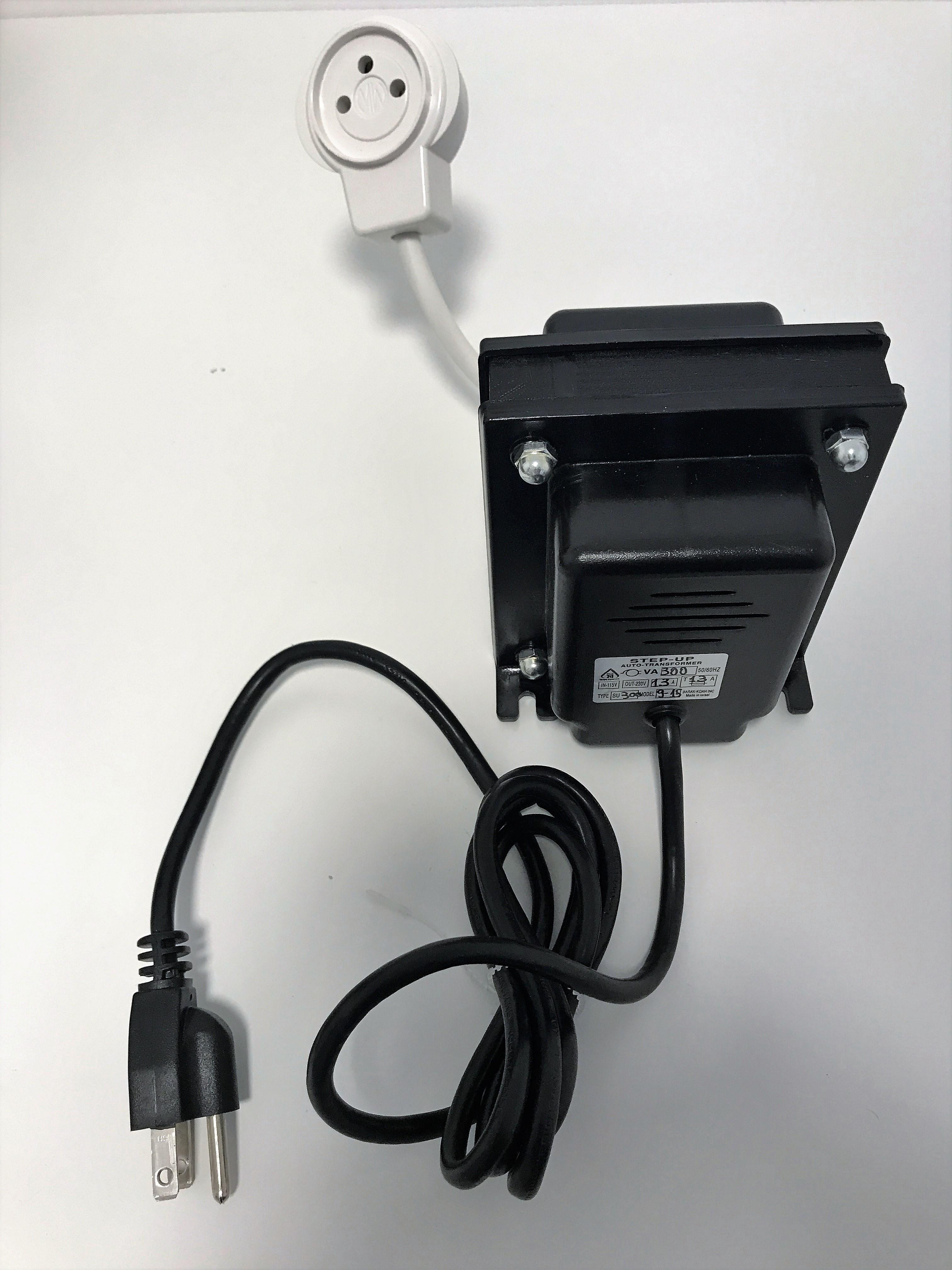 """שנאי מעלה מתח- STEP UP 200VA (להפעלת מכשירים בארה""""ב)"""